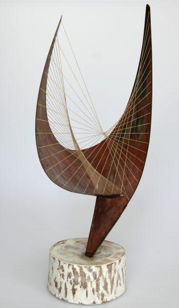 Beeld Orpheus van Barbara Hepworth